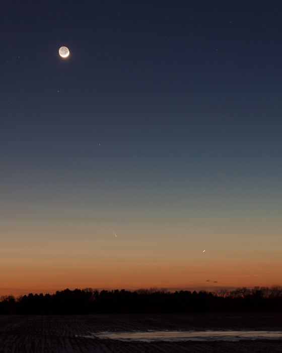 Here is the full-size photo of the western sky with Comet Pan-STARRS, from which yesterdays 100% crop was taken.