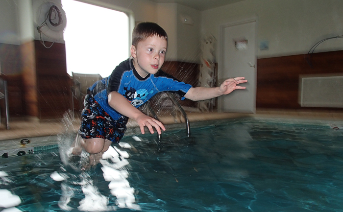During a recent trip to Indianapolis, we tried out the waterproof abilities of our newest point and shoot, the Olympus TG-820, in a hotel swimming pool.