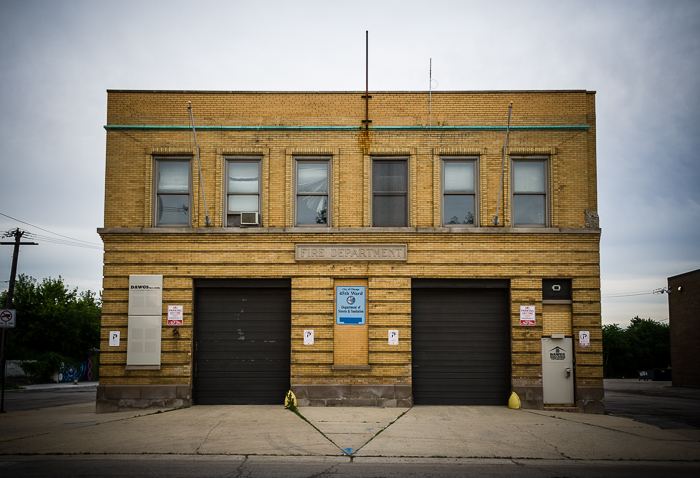 Empty firehouse in Jefferson Park, Chicago